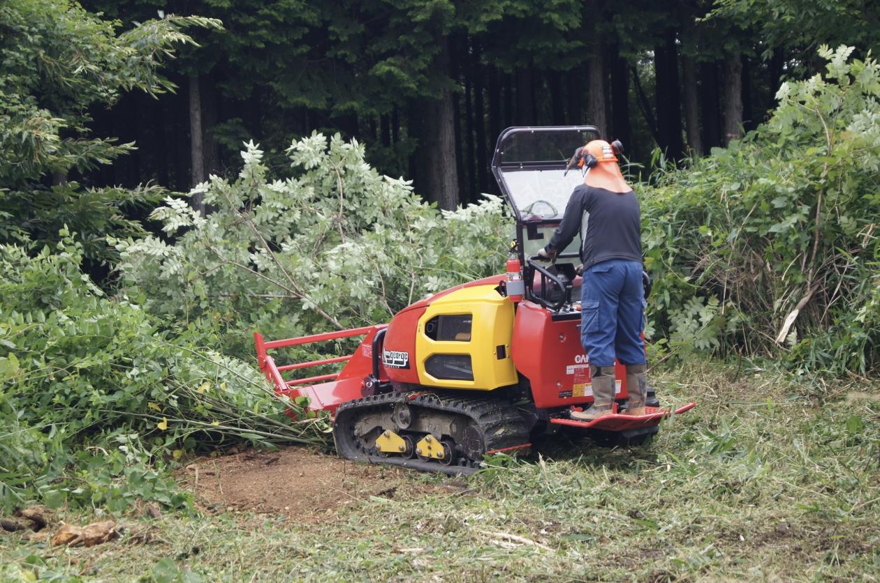 【林業作業の省力化】高性能機械のデモンストレーション